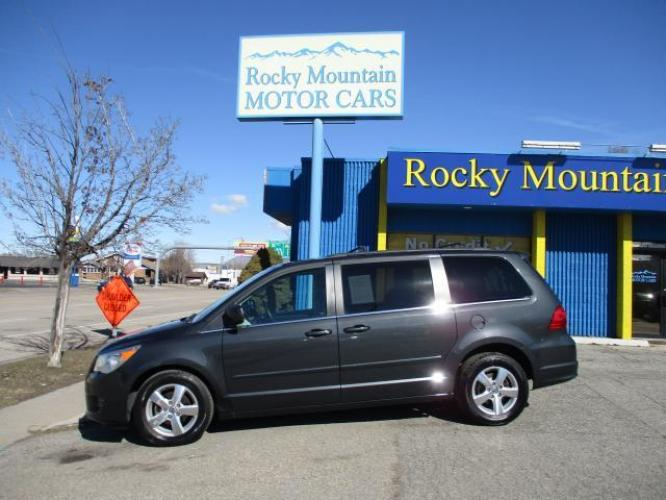 2011 Gray Volkswagen Routan (2V4RW5DG1BR) with an V6 3.6 Liter engine, Automatic, 6-Spd w/Overdrive and AutoStick transmission, located at 344 Washington Rd, Ogden, UT, 84404, (801) 399-1799, 40.727280, -79.093086 - Photo #0